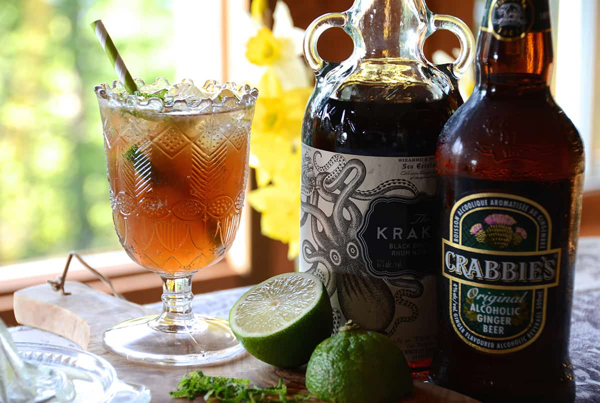 DARK and STORMY COCKTAIL - Weekend at the Cottage