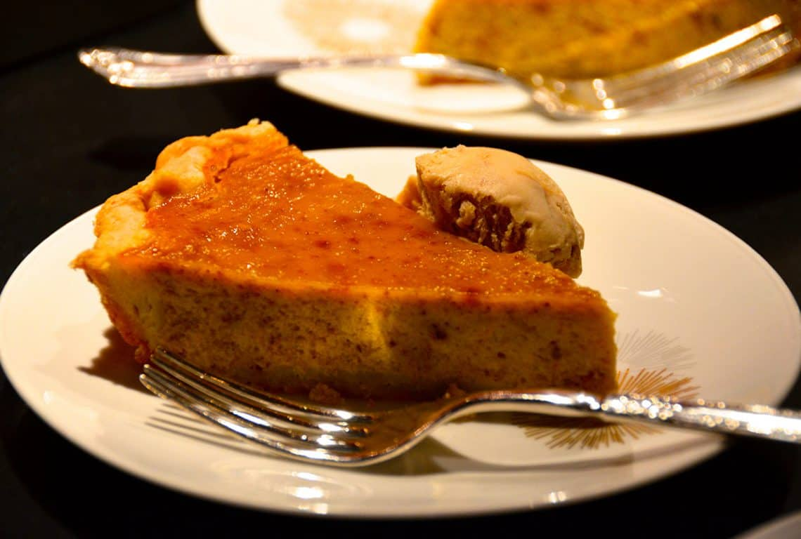 Spiced Pumpkin Pie - Weekend at the Cottage