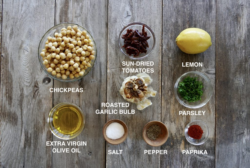 The ingredients for Roasted Garlic Hummus