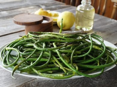 Grilled Garlic Scapes presented