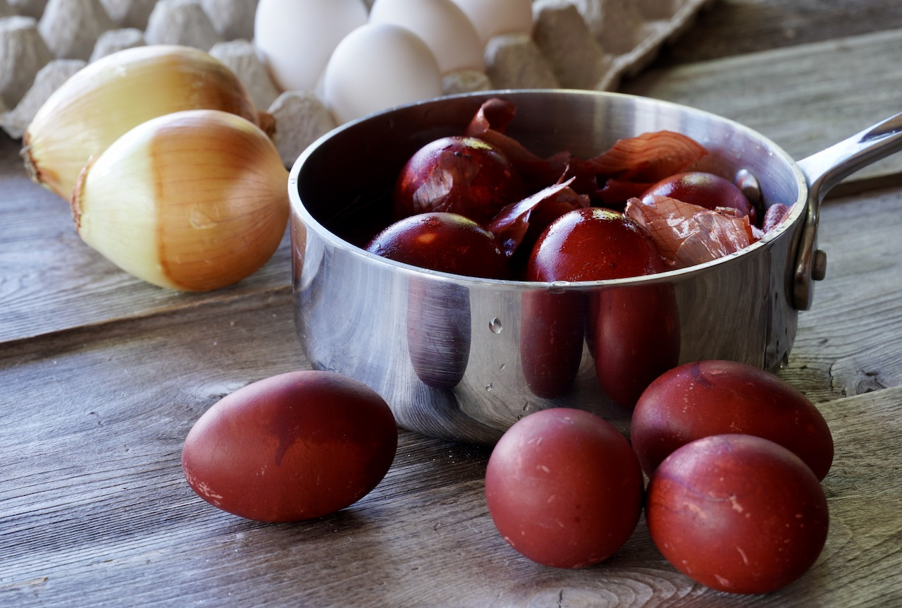 Eggs coloured with onion skins