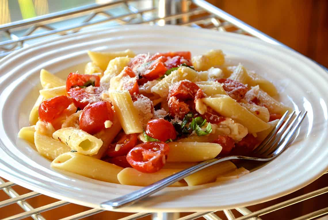 Penne with Tomatoes and Two Cheeses