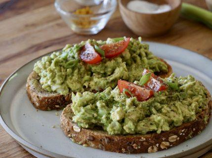 Healthy avocado toast