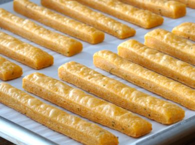 Spicy Cheese Sticks freshly baked
