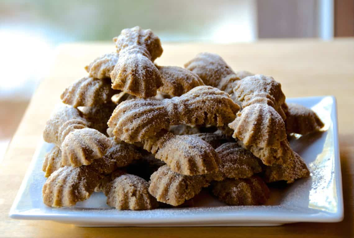 Spicy Bow Knot Cookies
