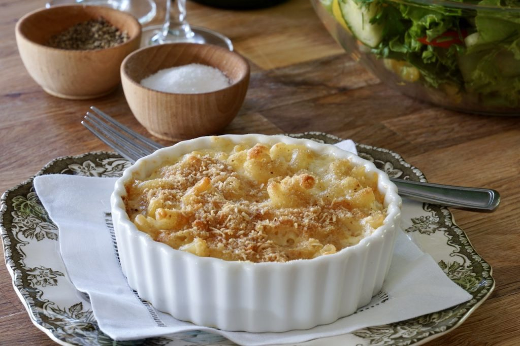 Individual Old-Fashioned Macaroni and Cheese