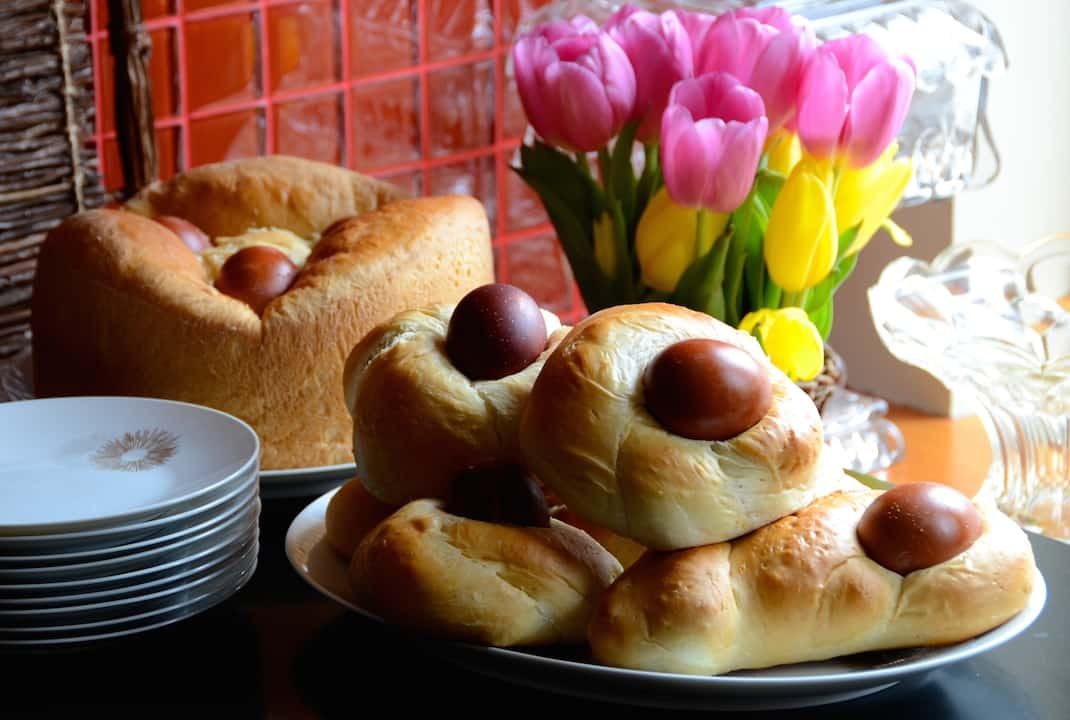 Serbian Easter Bread