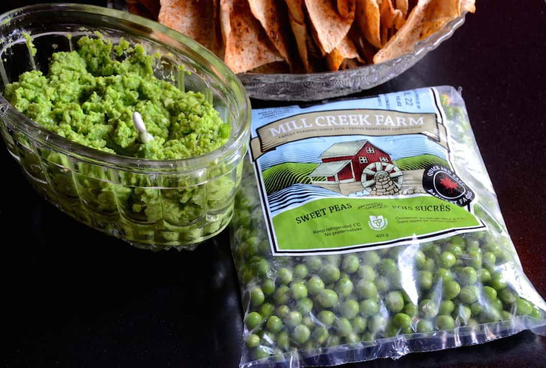 Green Pea Dip with Pita Chips