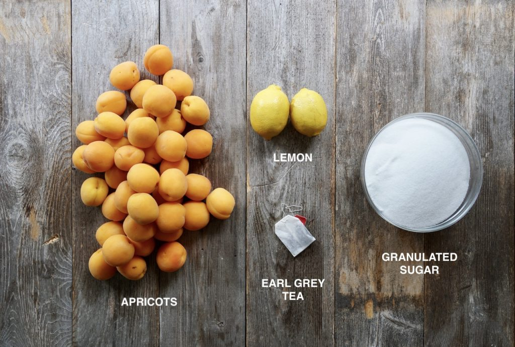 Ingredients for the best homemade apricot jam