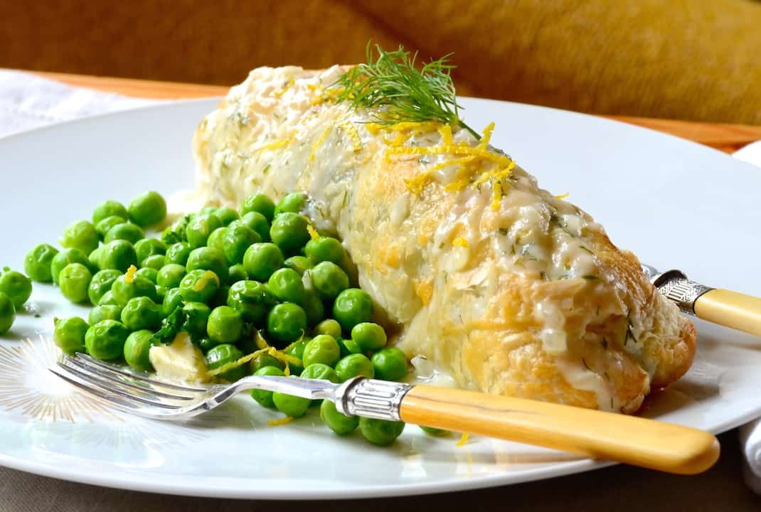 Salmon Kulebyaka With Dill Sauce