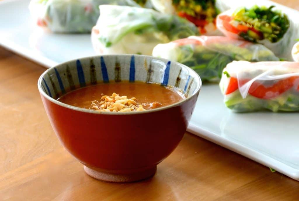 Emperor's Spicy Peanut Sauce for Vegetable Salad Rolls