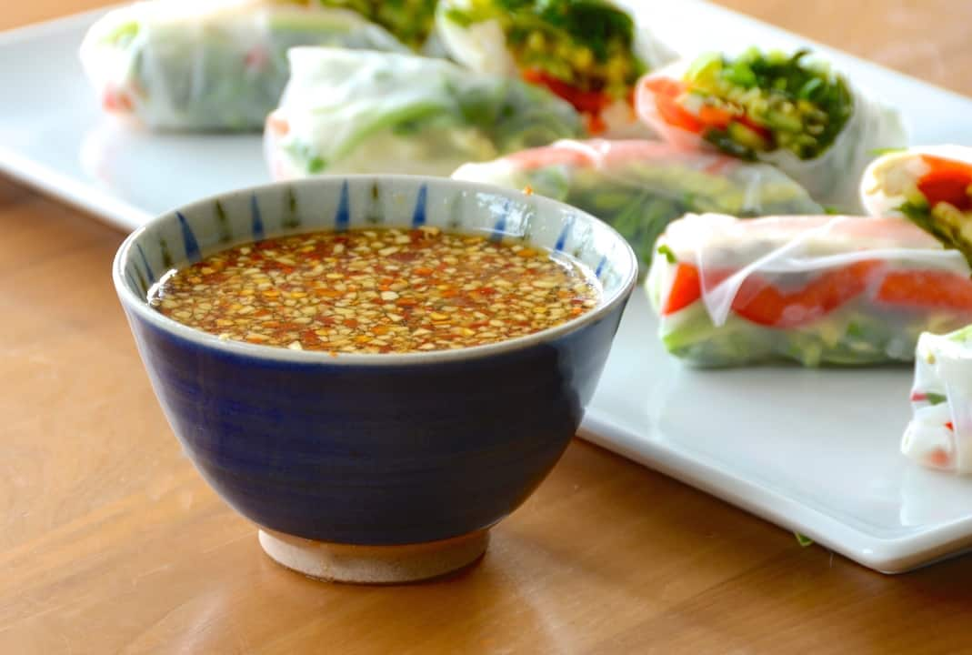 Sweet and spicy chili dipping sauce
