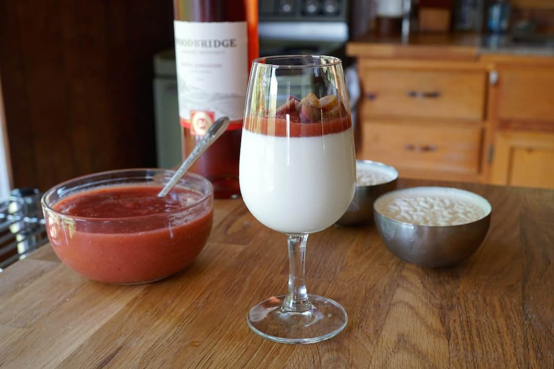 Panna Cotta with Rhubarb White Zinfandel Sauce