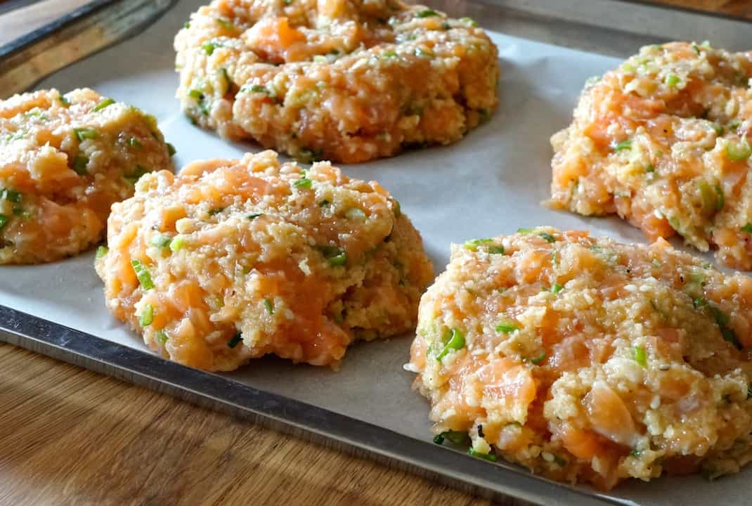 Salmon burgers ready to be chilled
