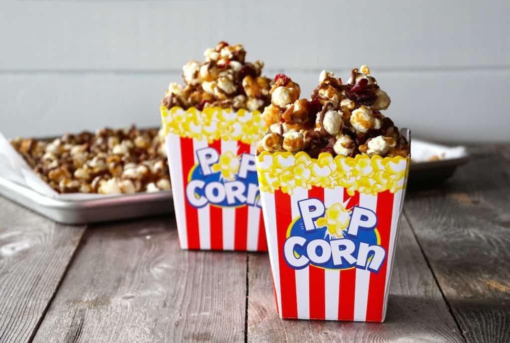 Theatre-style popcorn boxes