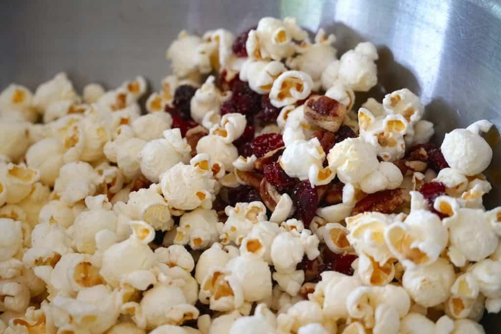 Popcorn, Cranberries & Pecans