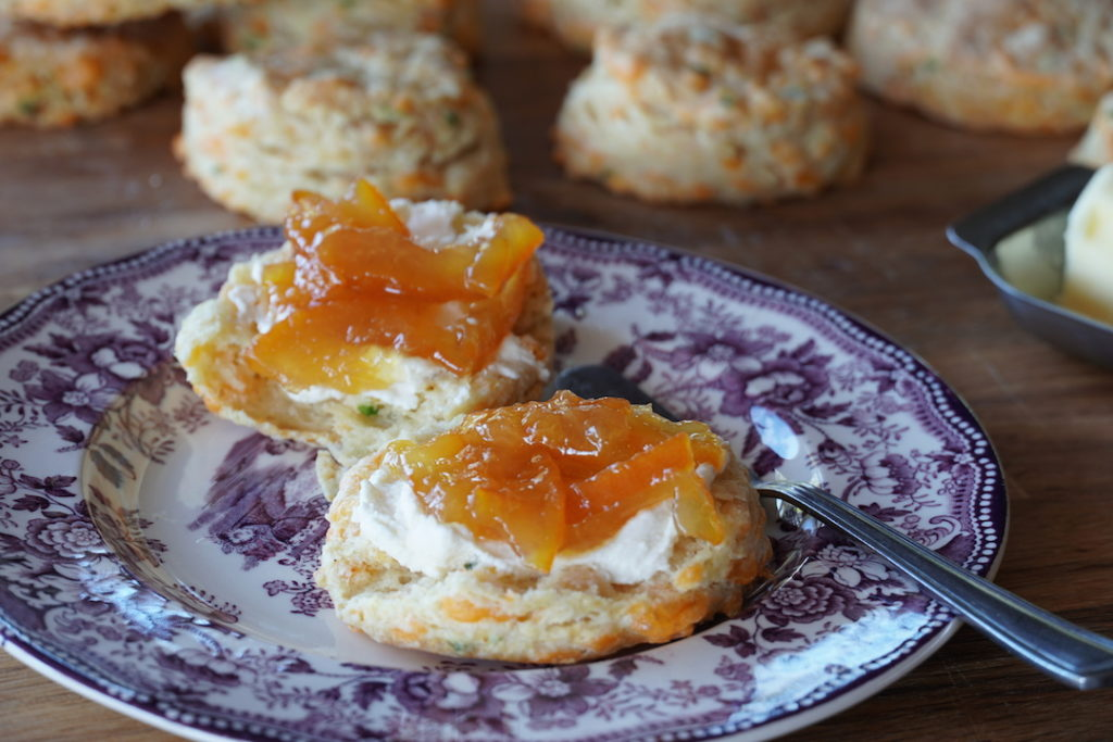 Biscuit with creamy cheese and marmelade