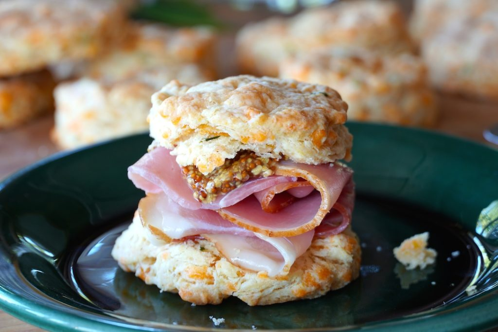 Biscuit with ham and mustard