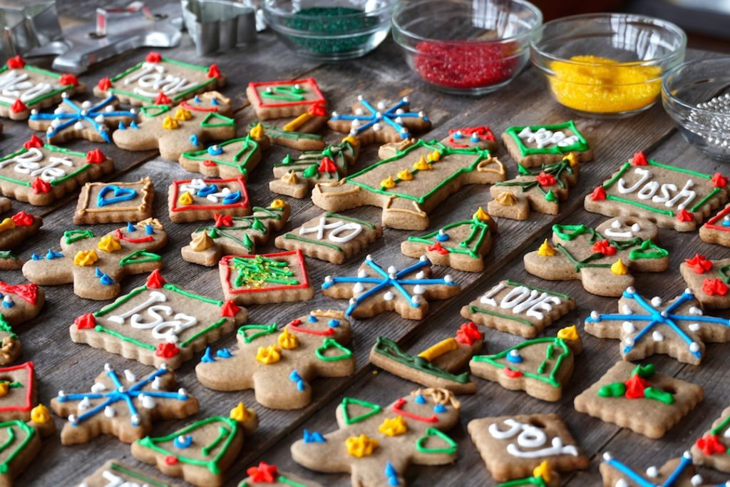 Gingerbread Spiced Cookies decorated