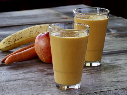 Apple Banana Carrot Smoothie