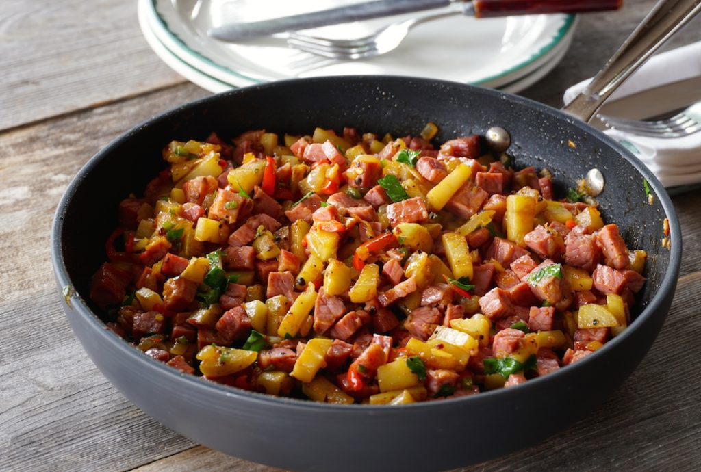 Easy Corned Beef Hash served right from the skilet