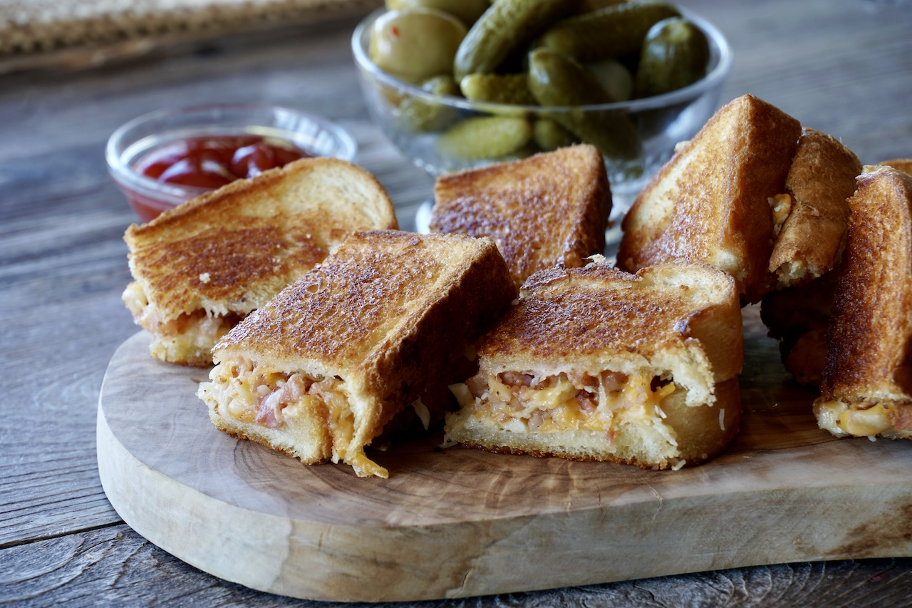 Our Best Grilled Cheese Sandwich