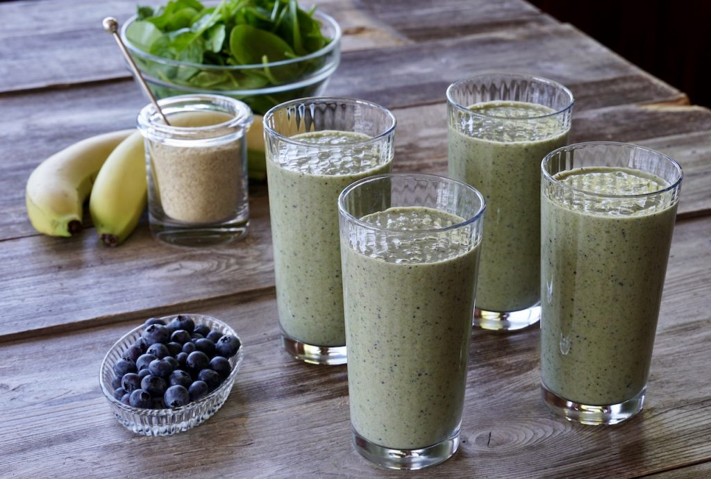 Spinach Blueberry and Banana Smoothie