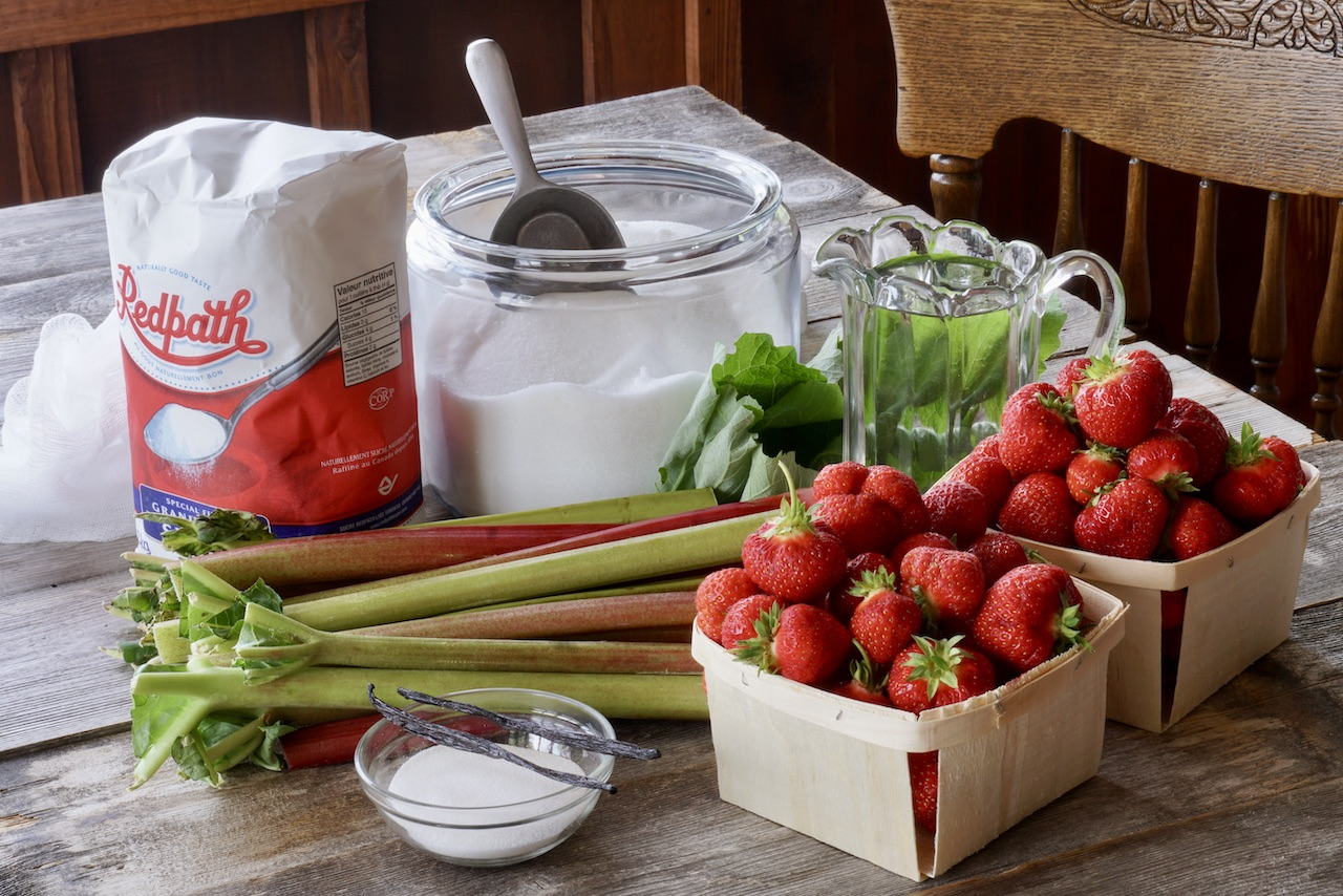 Strawberry Rhubarb Jelly