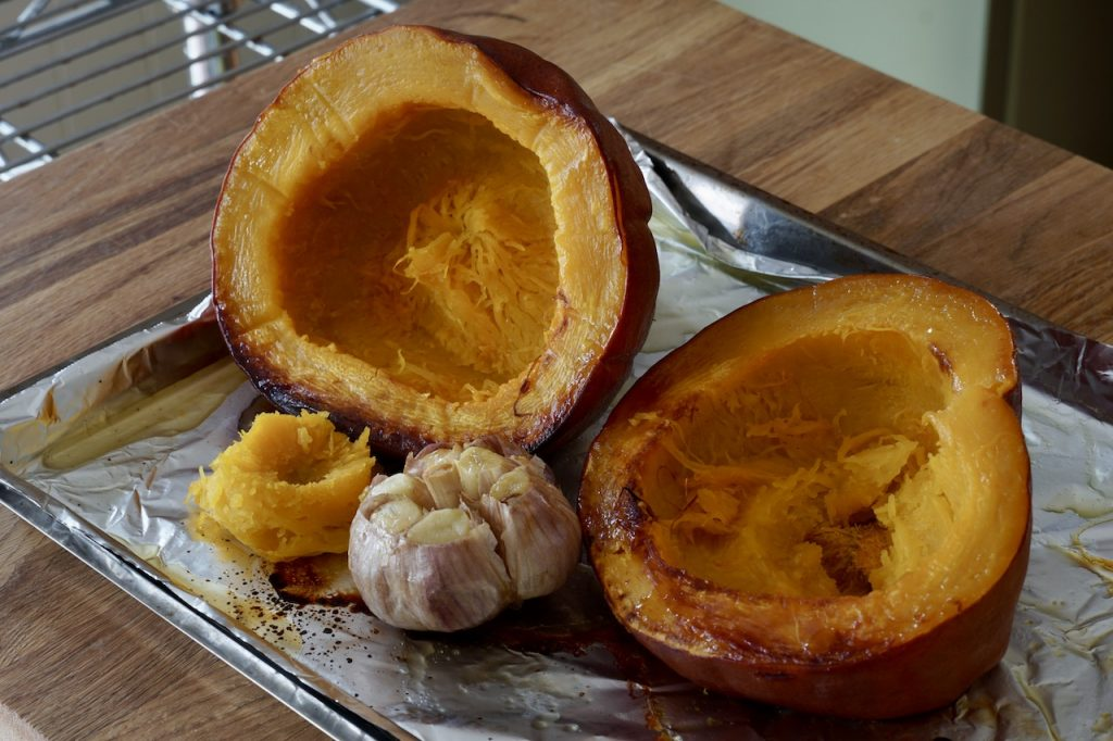 Oven-roasted pumpkin and garlic