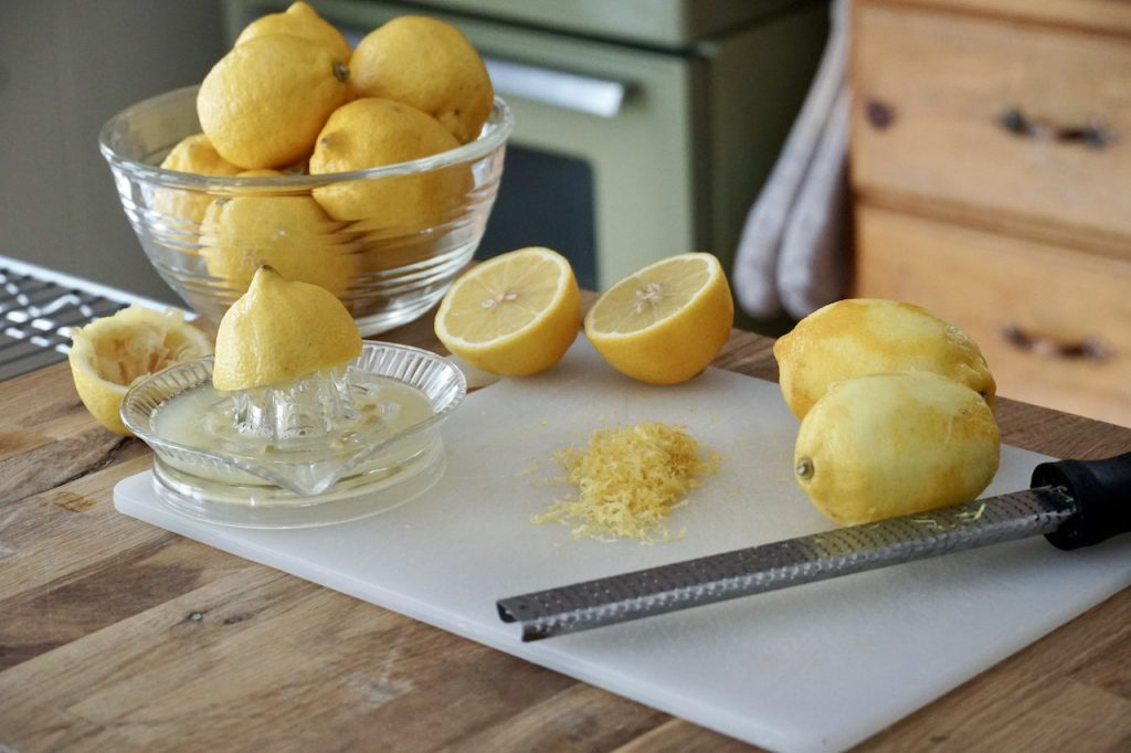 Zesting and juicing lemons