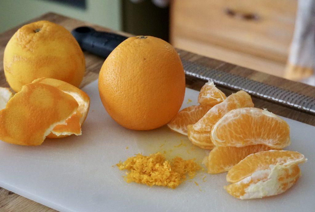 Preparing navel oranges for the recipe