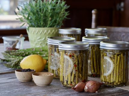 Small-batch Pickled Asparagus