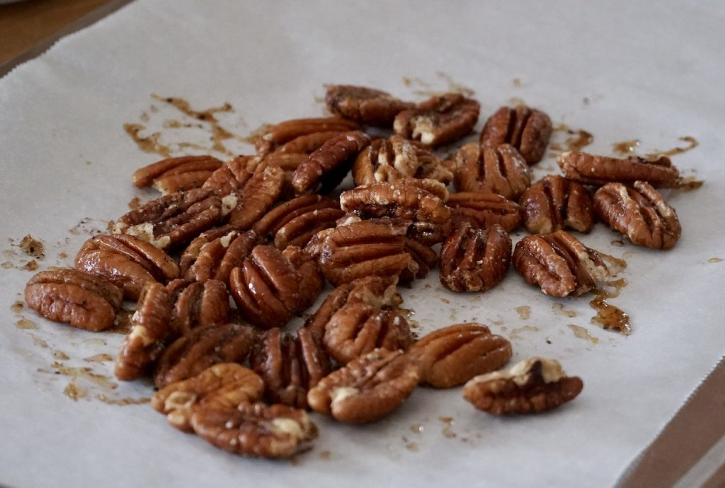 Toasted sweet and salt pecans