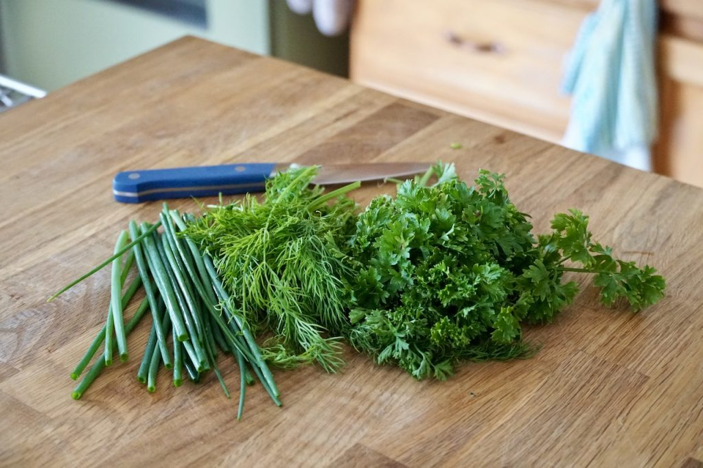Fresh chives, dill and parsley for the beurre blanc